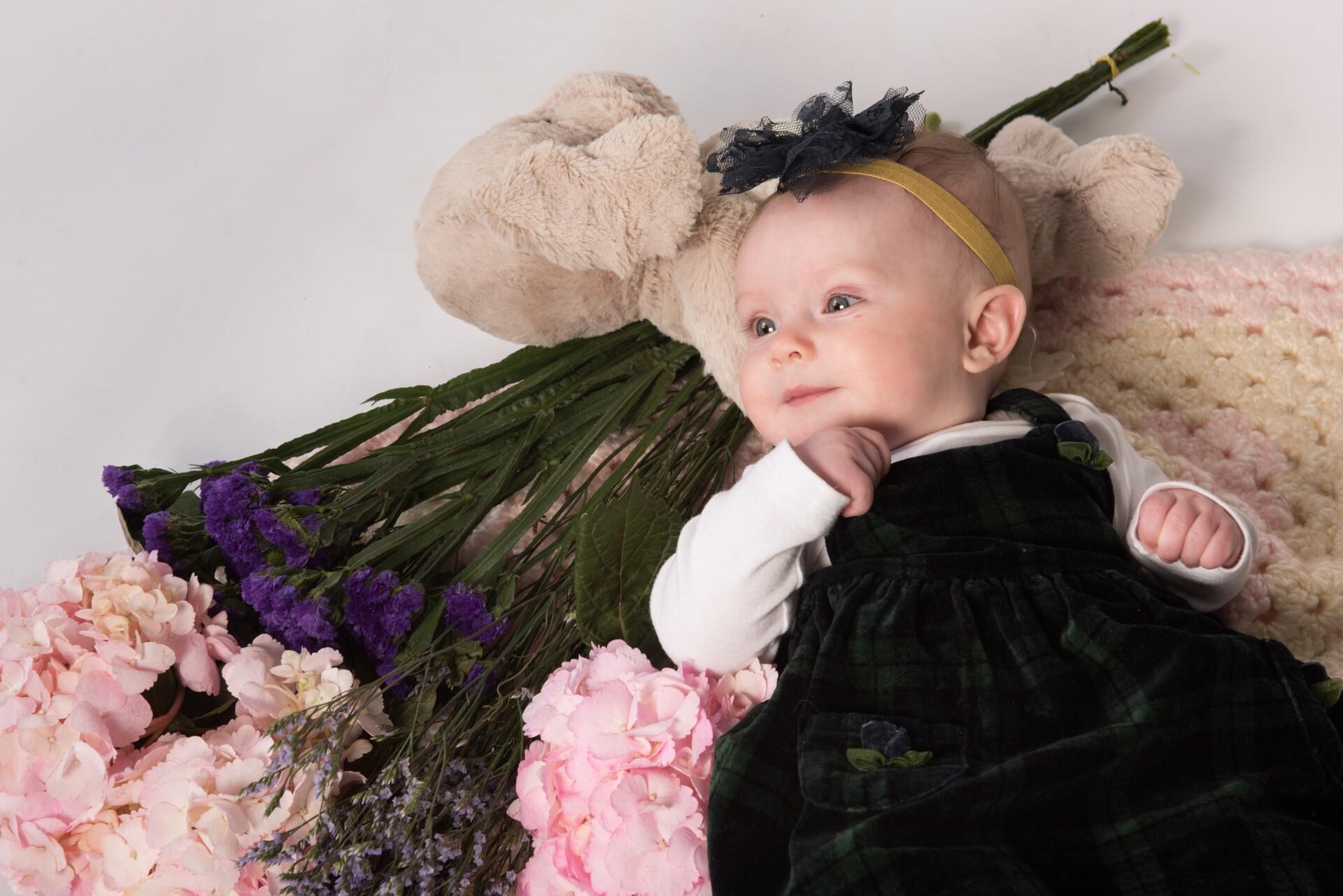 写真館のチラシにのっている赤ちゃん